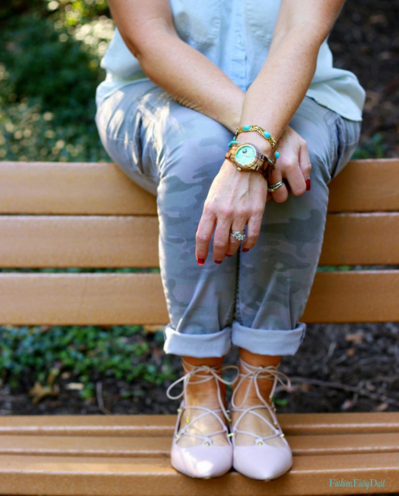 Casual outfit inspiration featuring JORD Wood Watch, skinny cargo pants and blush lace up flats.