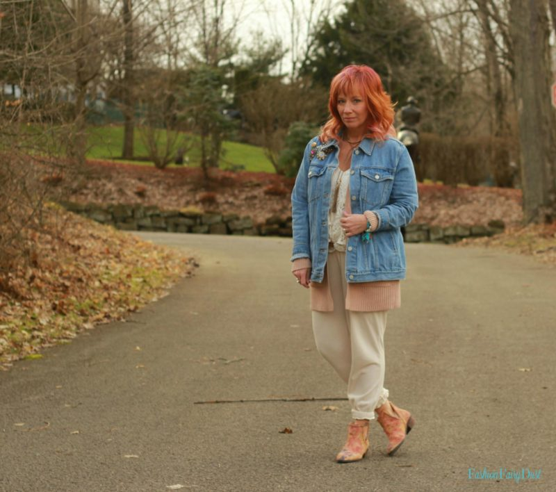 Blush cardigan, cream joggers and floral ankle boots. Easy transitional outfit.