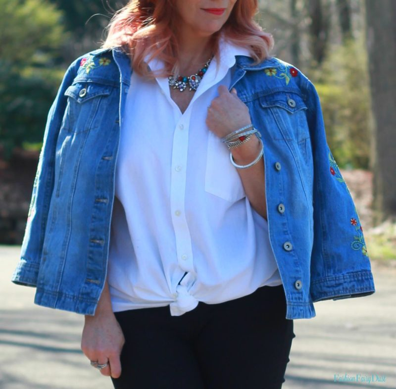 Black ankle pants, white button down and denim jacket. How to style a casual work outfit.