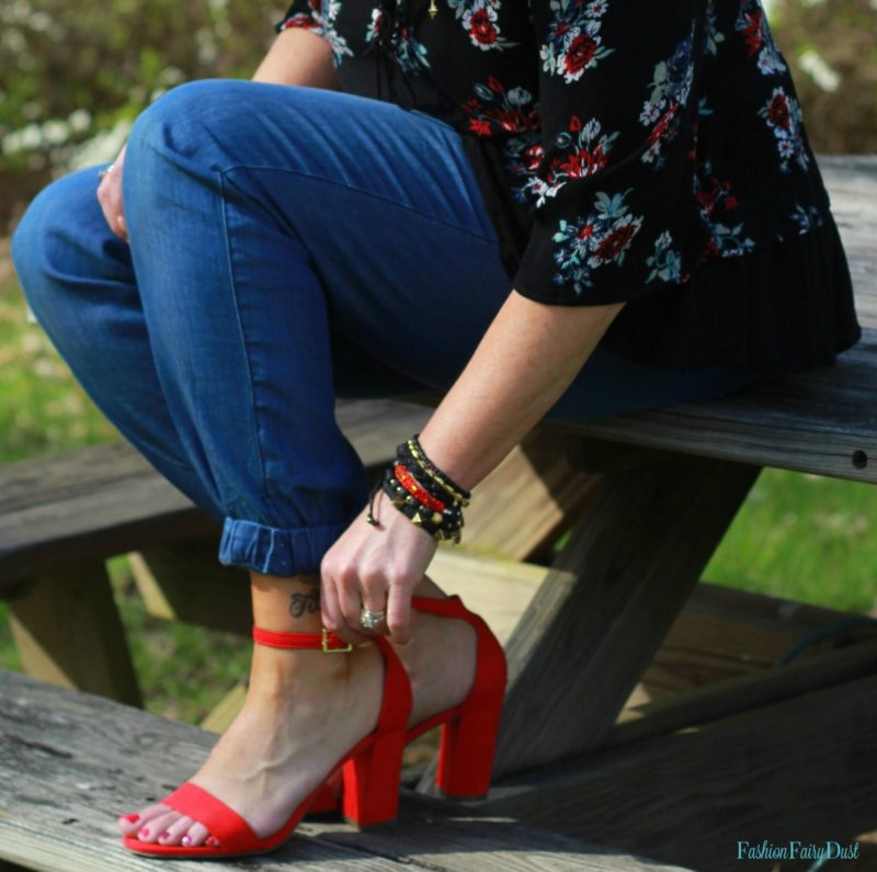 Red block heel sandals, chambray joggers and boho top.