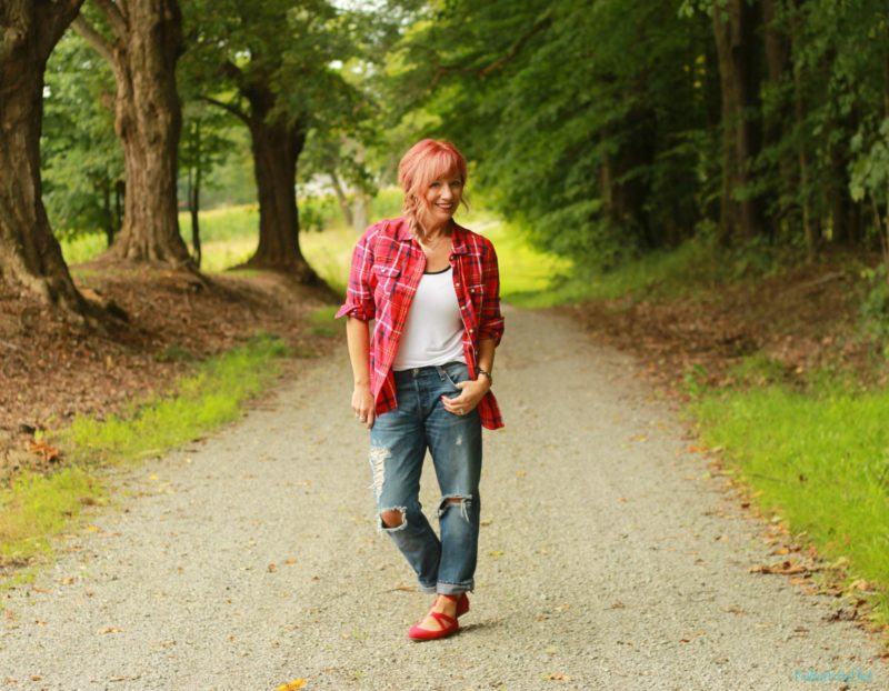 Plaid flannel shirt, boyfriend jeans and red lace up flats.